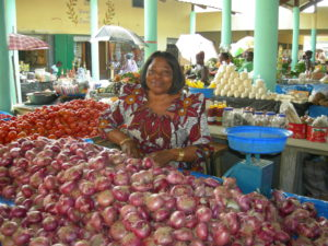 Cocovico is a cooperative of 200 women food crop vendors that builds a new market place (opened in 2008), benefiting 5,000 traders and offering a health center and foodstuffs to almost 10,000 families near their place of residence.